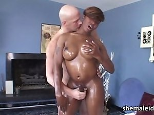 Ebony tranny Chasidy in blowjob action